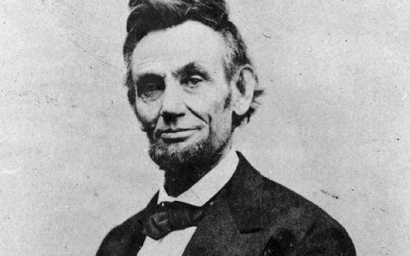 the life of abraham lincoln brief biography of the 16th president of the united states Us president abraham lincoln stuck to a fairly consistent daily routine   abraham lincoln, the 16th president, is widely regarded as one of the greatest   the union, revolutionized the federal government, and lost his life in the process   source: abraham lincoln and civil war america: a biography 5/14.
