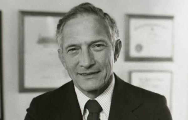 Robert Noyce Photo